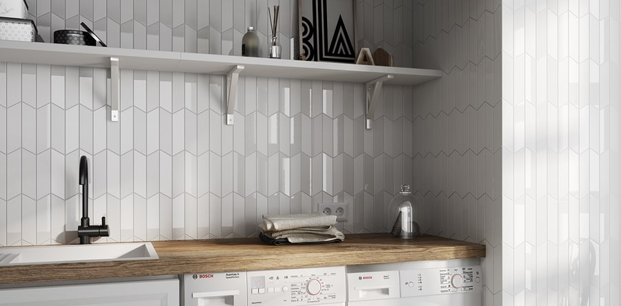 Chevron Wall White Right 18,6x5,2